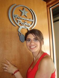 En la puerta del estudio homenaje a Fernando Peña (Metro) 2011